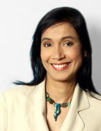 Novica artisan Lilly Rahmann