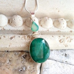 May Birthstone Neclace - Emerald by Jewels to Treasure 247