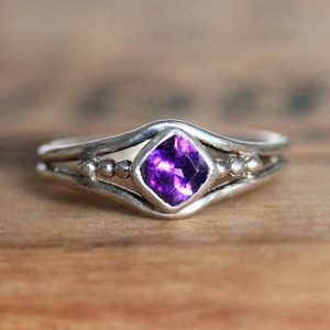 February Birthstone Ring - Amethyst