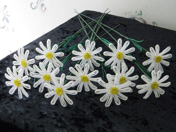 April Birth Flower - Daisy
