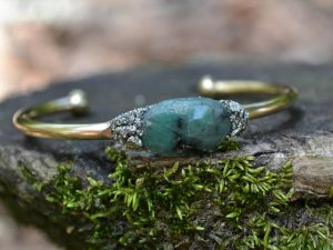 May Birthstone Bracelet - Raw Emerald
