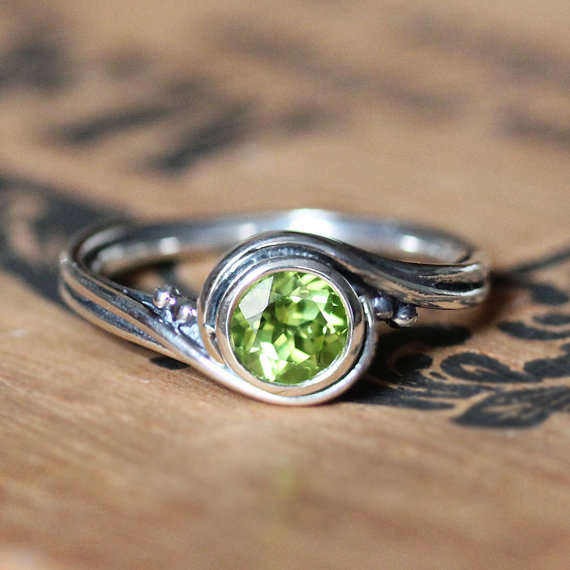 August Birthstone Ring - Peridot Sterling Silver