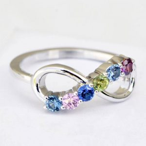 Mothers birthstone ring with six or more stones